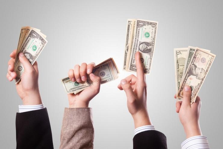 Money in Hands, 401kcalculator.org