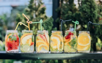 Summer Drinks with fruits